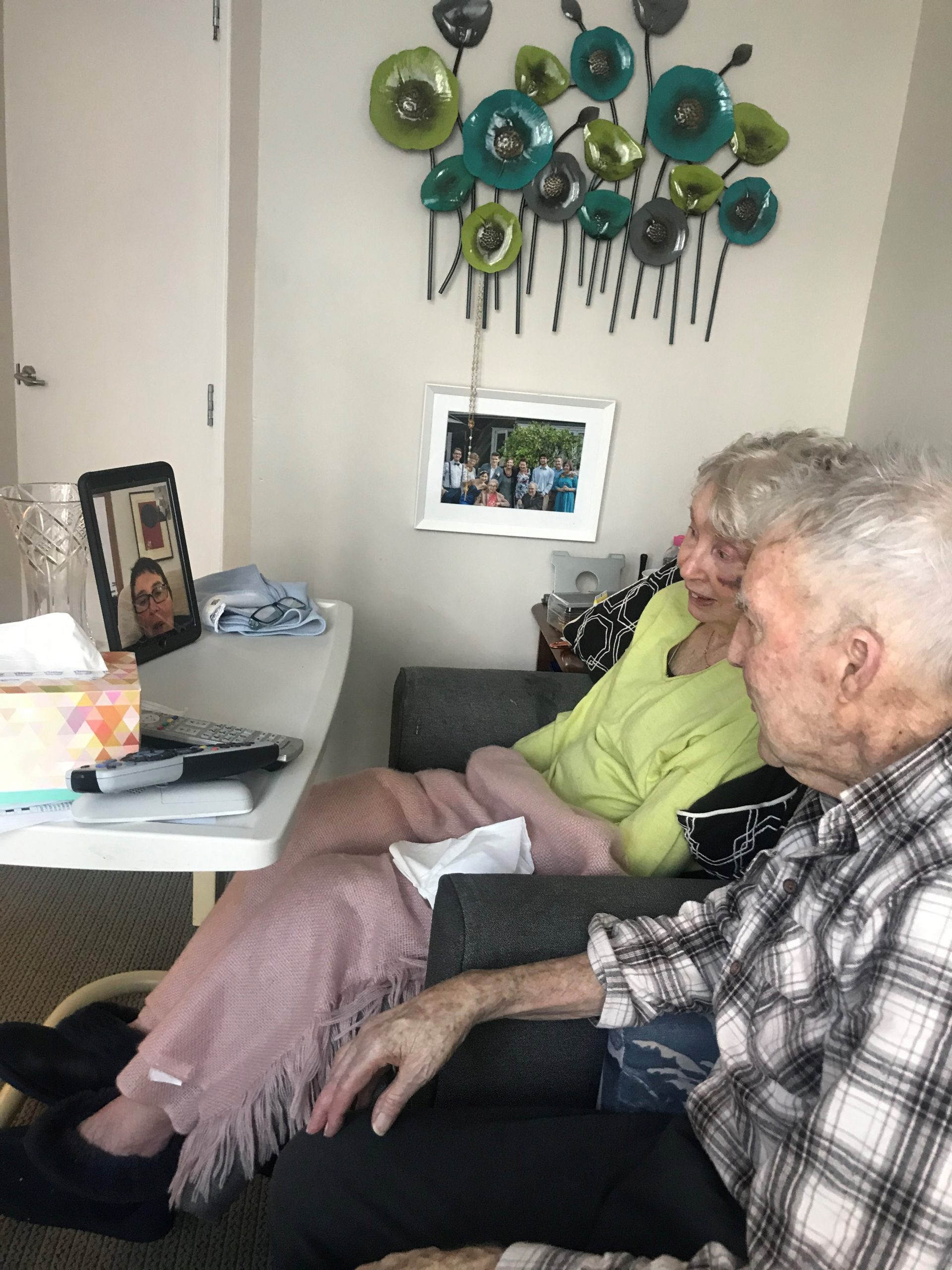 Zoom chats with family Ellerslie (1)